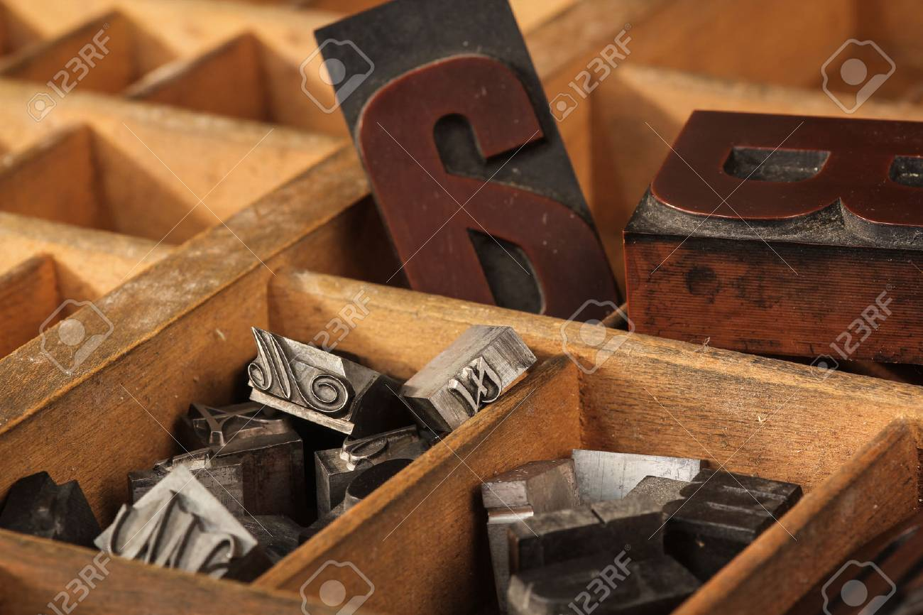 Letter case, different types - 32926233