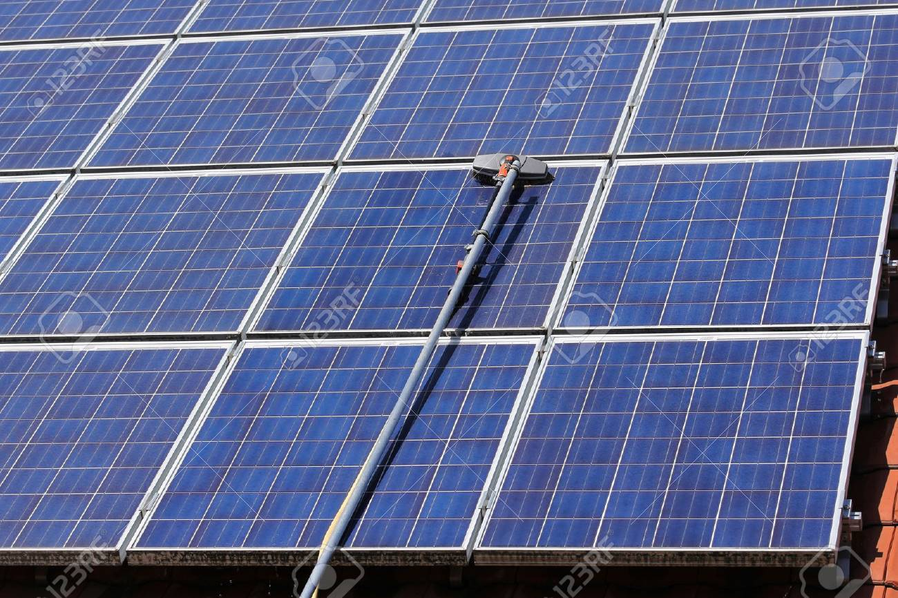 Cleaning solar panels - 32926513