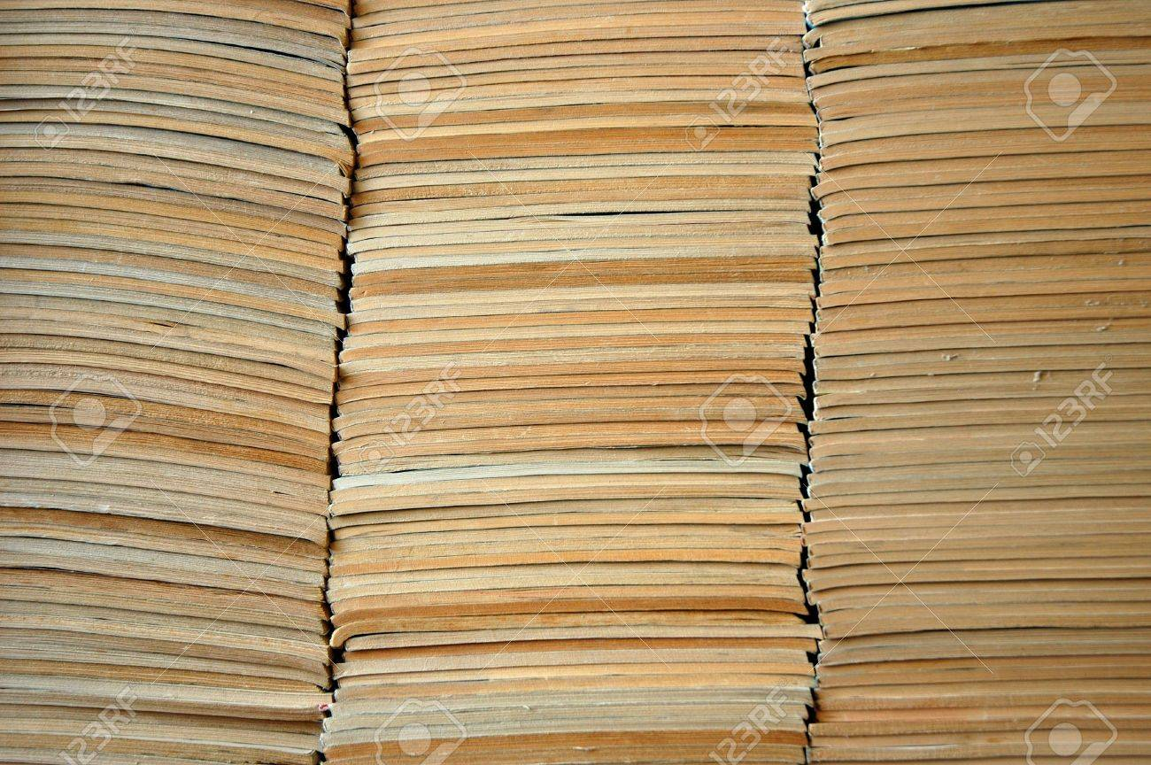Pile of faded old comic books Stock Photo - 2934961