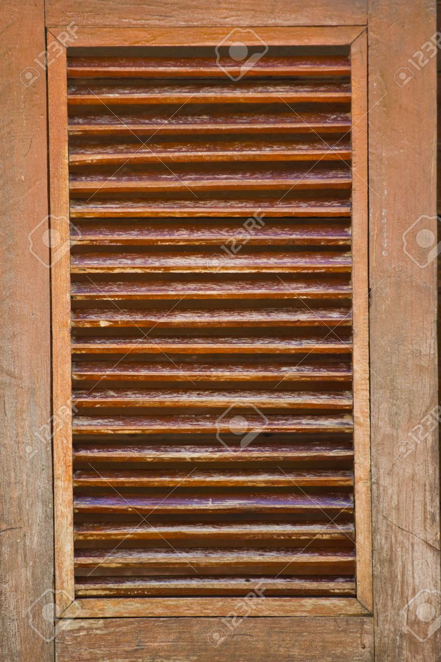 swinging doors old western swinging saloon doors