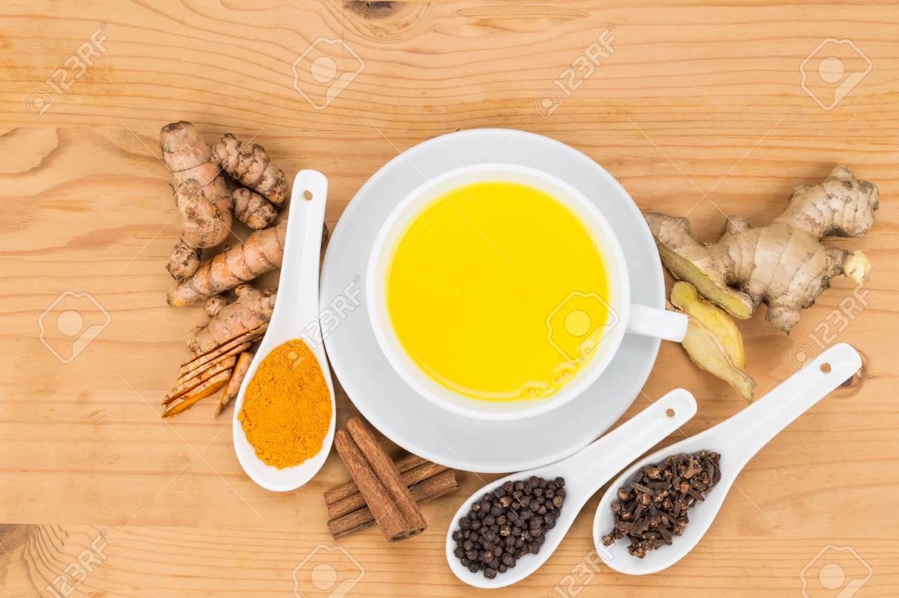 beneficios del te de canela jengibre y clavo