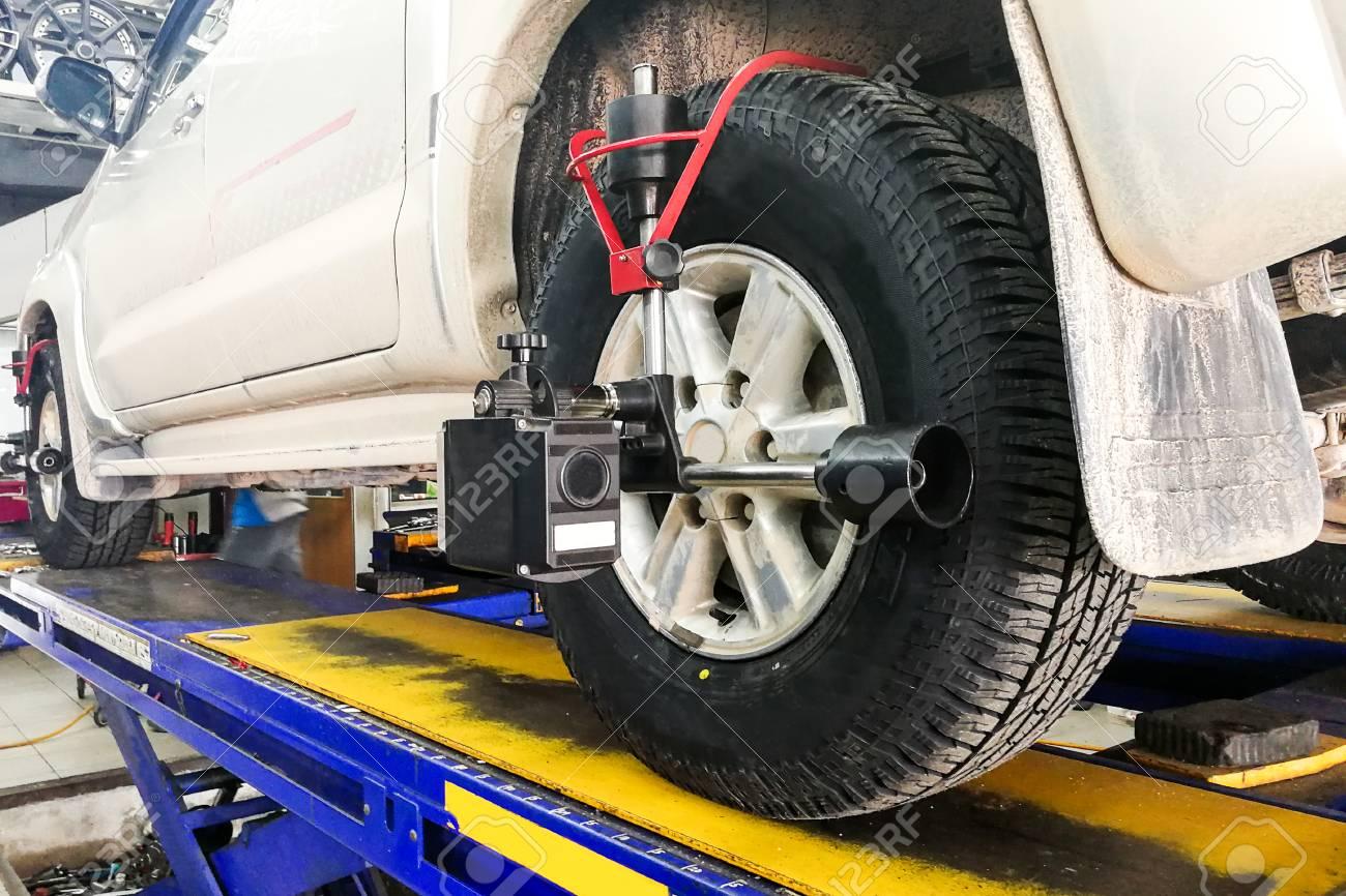 Wheel Alignment Tools >> Car Undergo Wheel Align In Garage With Precision Alignment Equipment