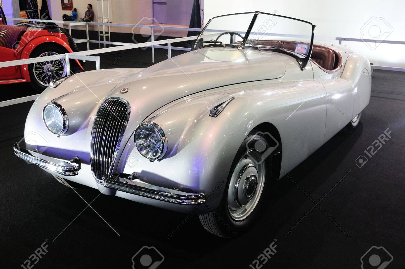Bkk Nov Jaguar Roadster Classic Door Convertible