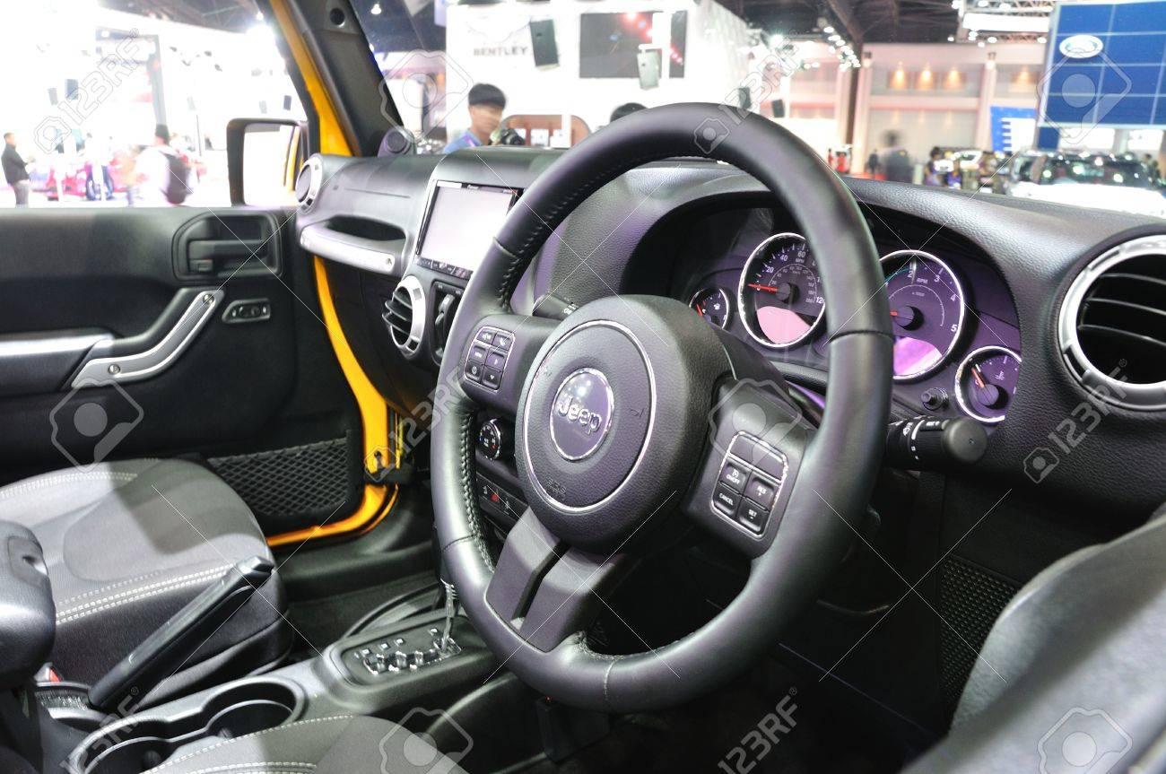 Nonthaburi 25 Mars Design Dintrieur De La Nouvelle Jeep Wrangler Expo Banque Dimages Sahara Sur Laffichage 35e Bangkok Thalande International