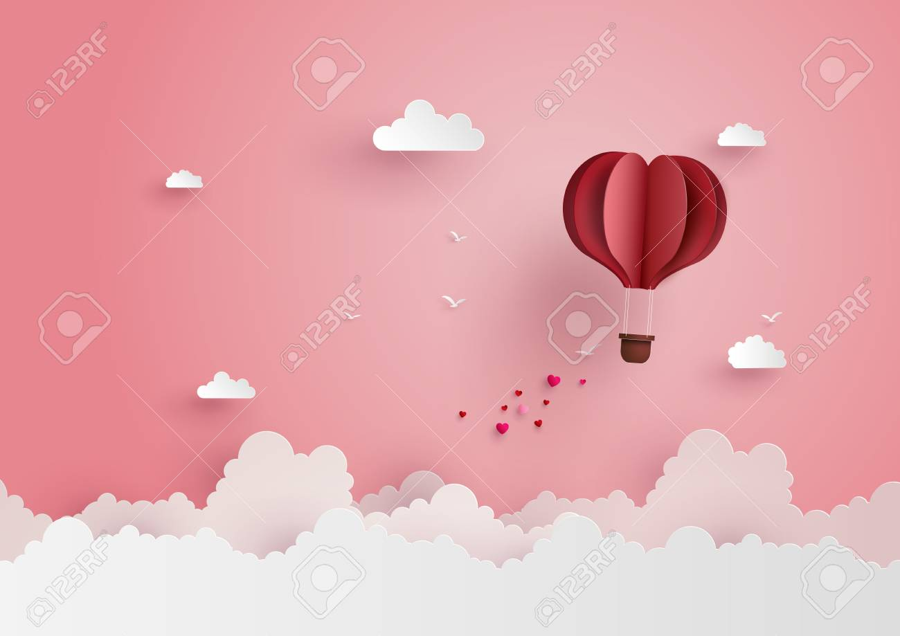 illustration of love and valentine day,Origami made hot air balloon flying on the sky with heart float on the sky.paper art style. - 90455329