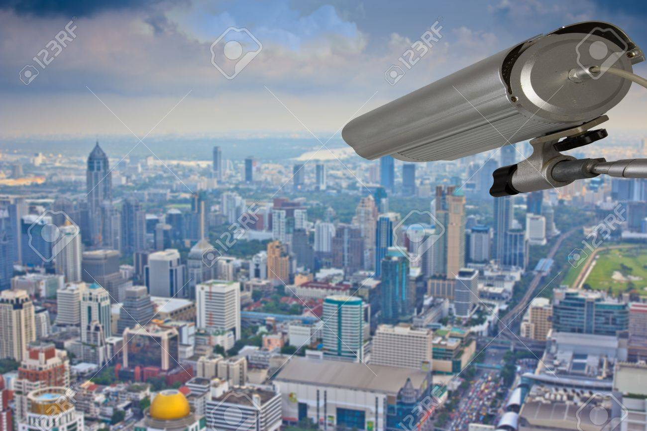 cctv security system outdoor to monitor outside building  from skyscraper rooftop Stock Photo - 18676694