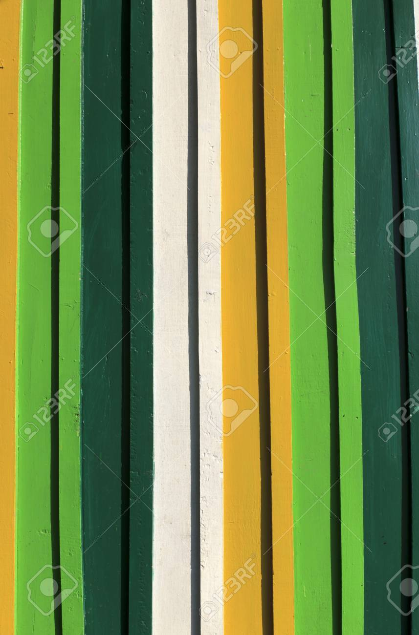 A wooden wall texture for background image Stock Photo - 13900297