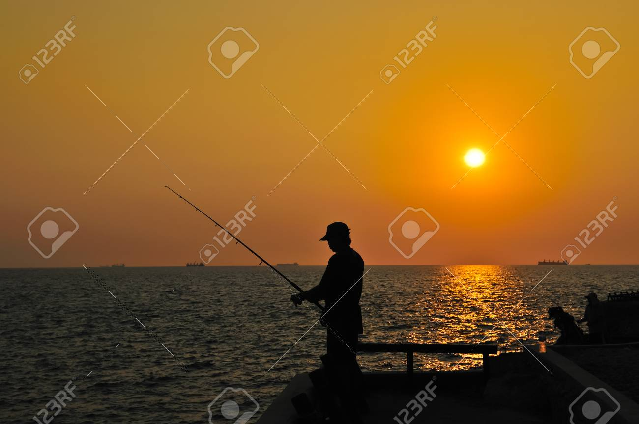 Chong isariyaporn Khow khad  Place for rest see view and fishing at  Sickness island,Thailand Stock Photo - 12620030