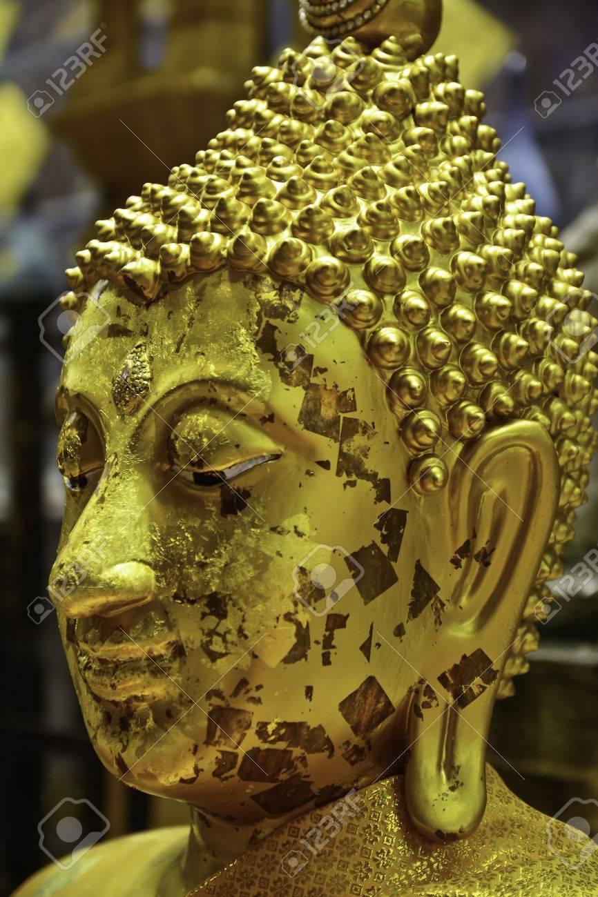 buddha head Stock Photo - 21656351