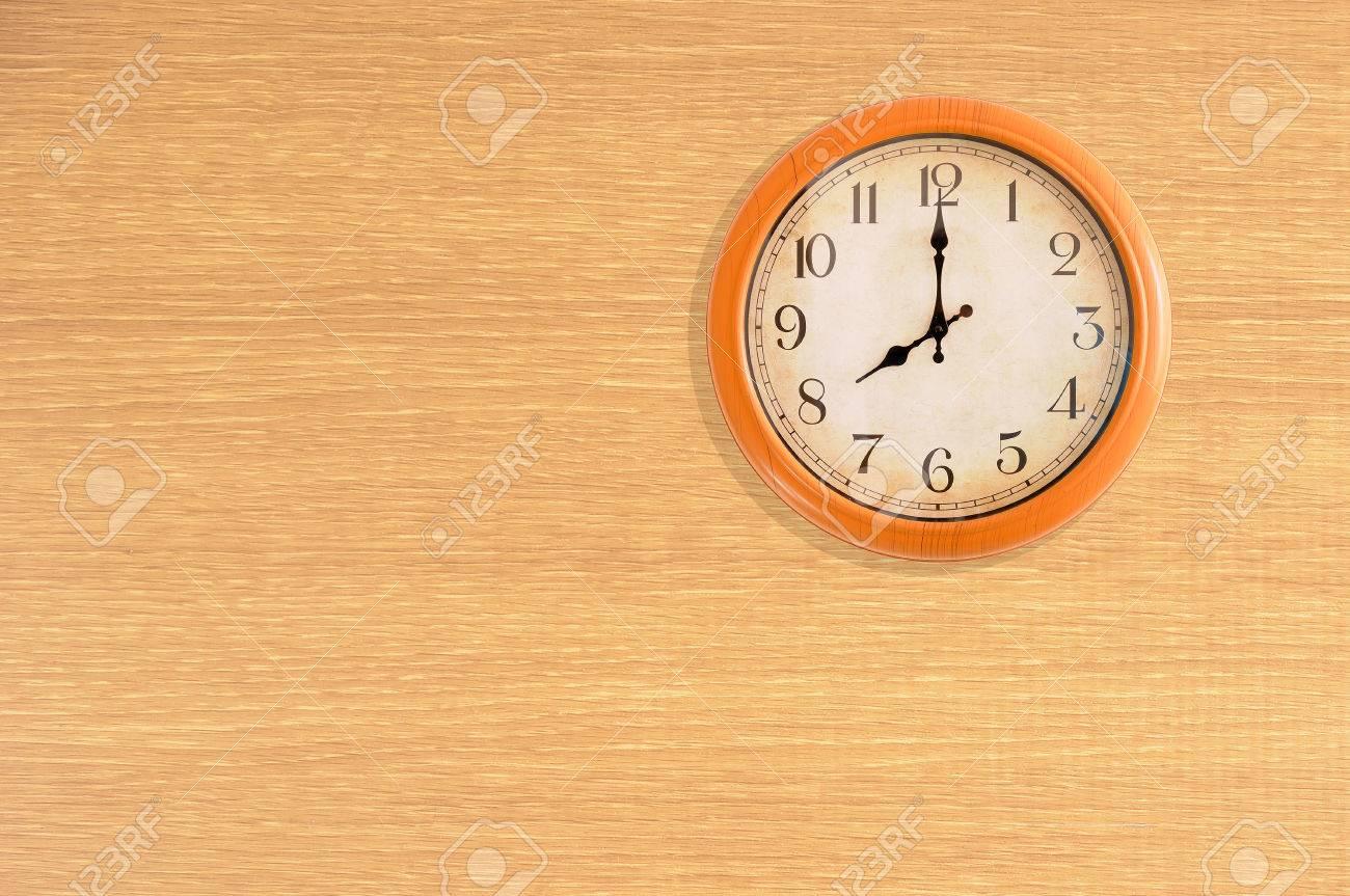 Clock Showing 10 O'clock Clock Showing 8 O'clock on a