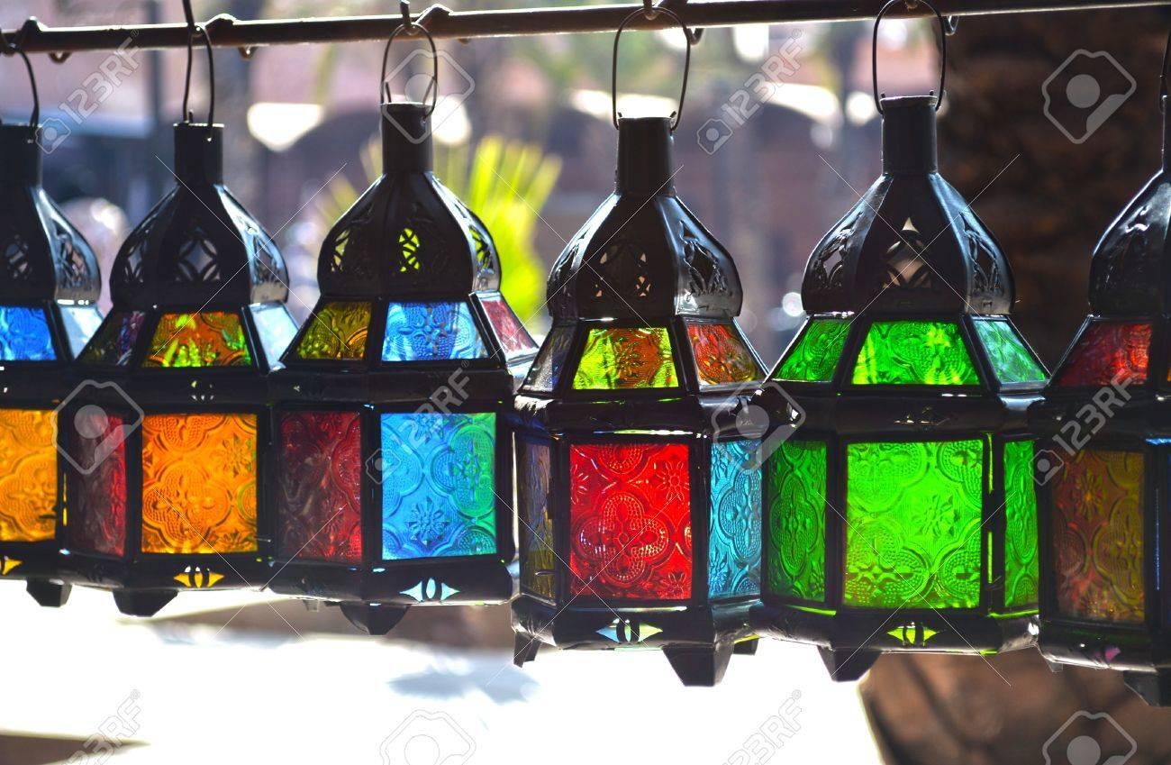 Colorful Tradizionali Lampade Pensili In Vetro Colorato E Metallo ...