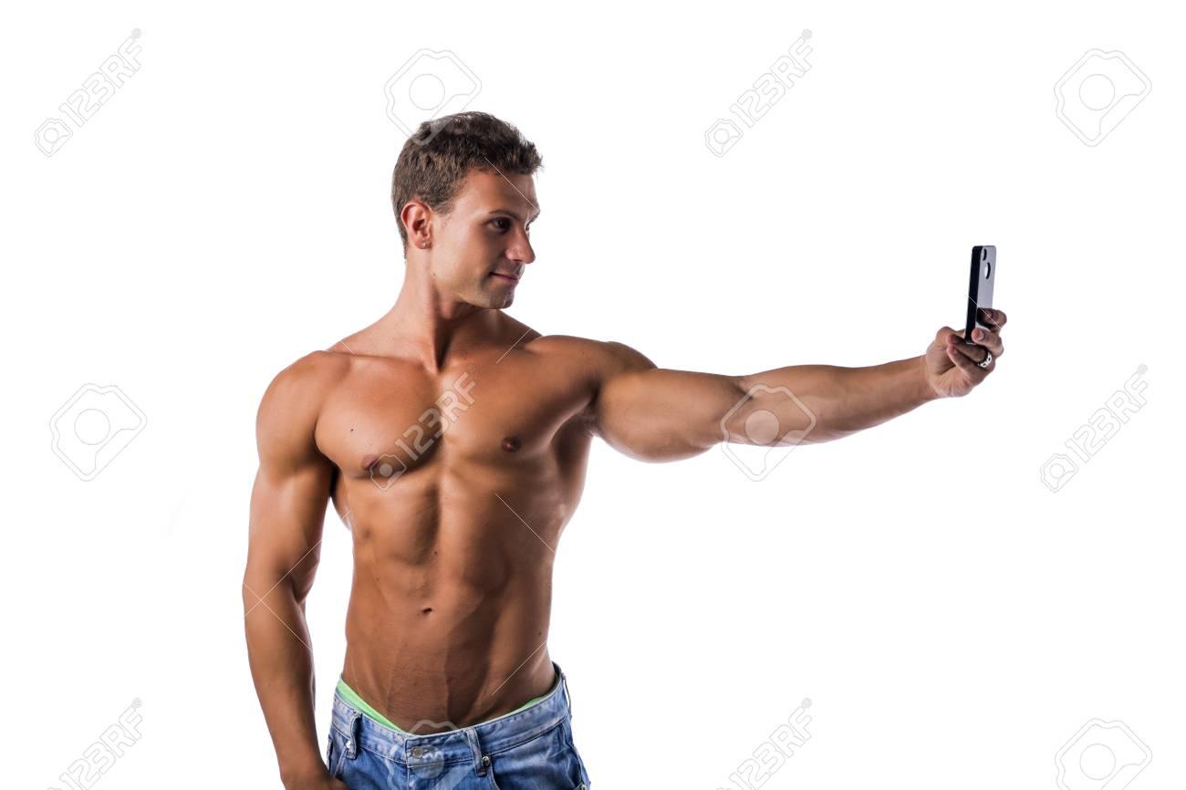 Stattlicher Mit Nacktem Oberkörper Muskulösen Jungen Mann Selfie Mit ...