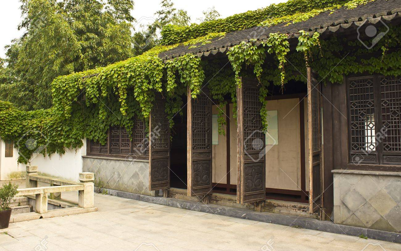 Main house in the compound of the Shen Wansen mansion in Zhouzhuang China Stock Photo - 13691764
