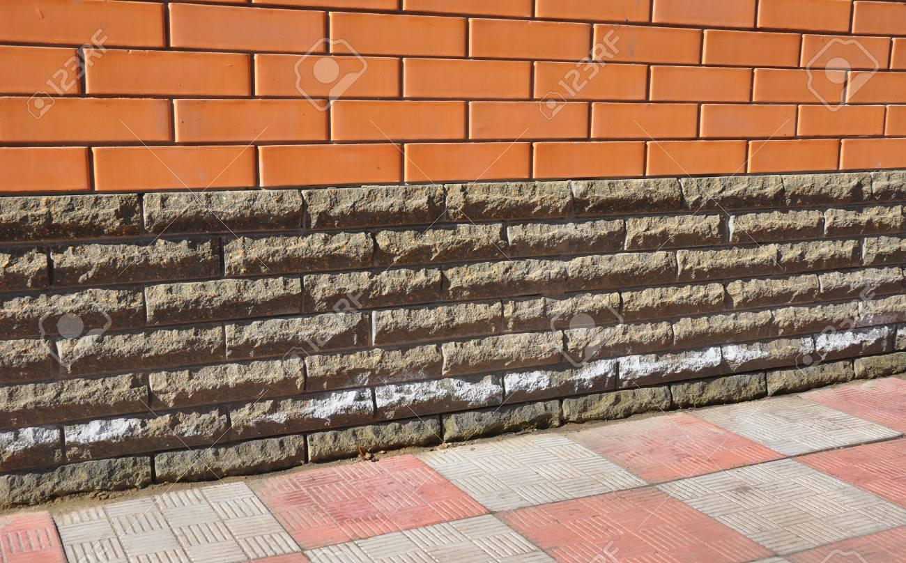 Super Ausblühungen Aus Ziegel Und Stein Mauerwerk. Entfernen Von Salzen CW45