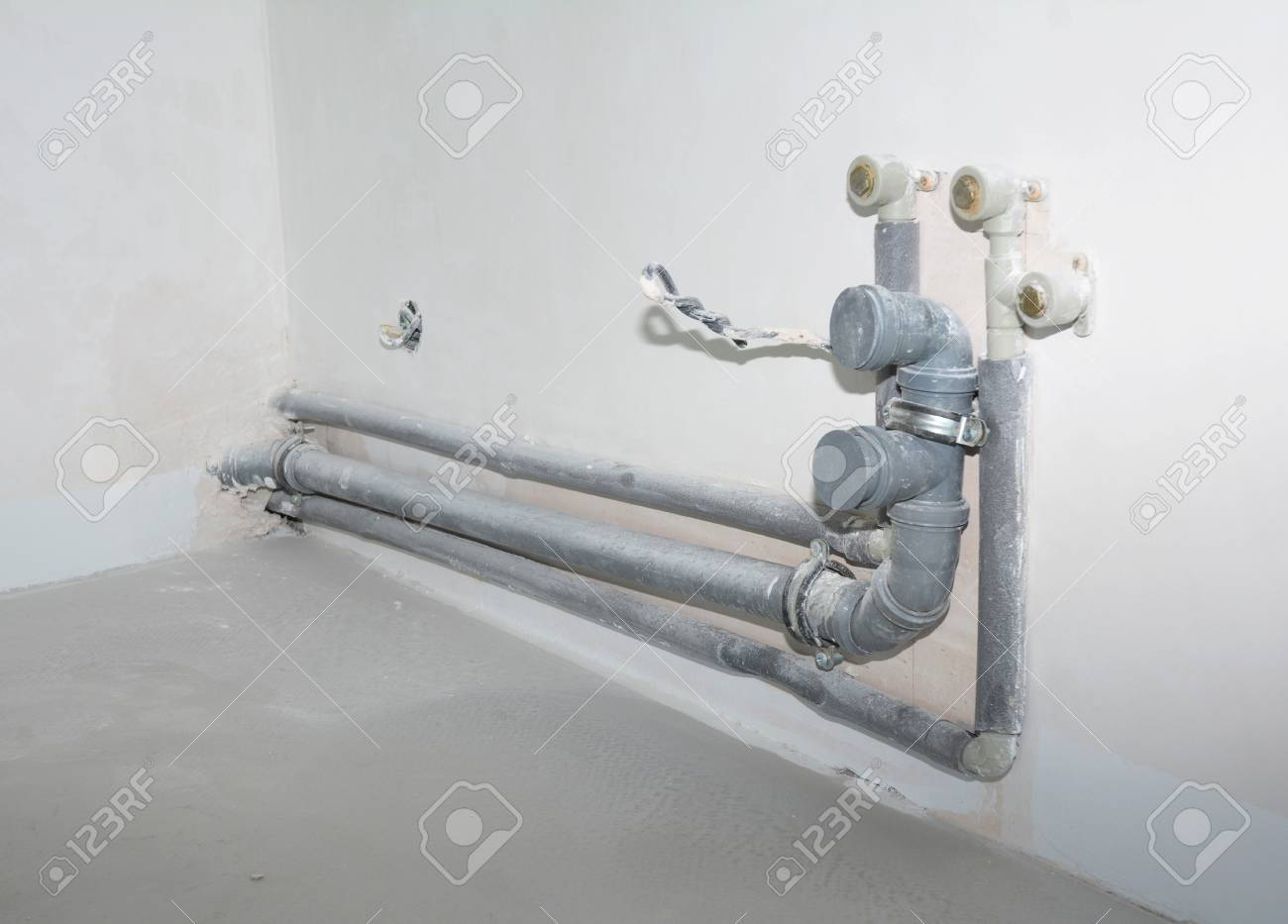Installing the Plumbing for a Kitchen Sink. Replacing and Repair..