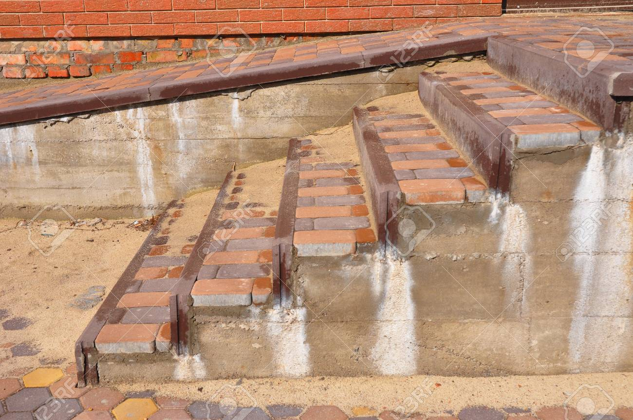 Building Ramp For Wheelchair Entry And Steps Brick Ramp Way