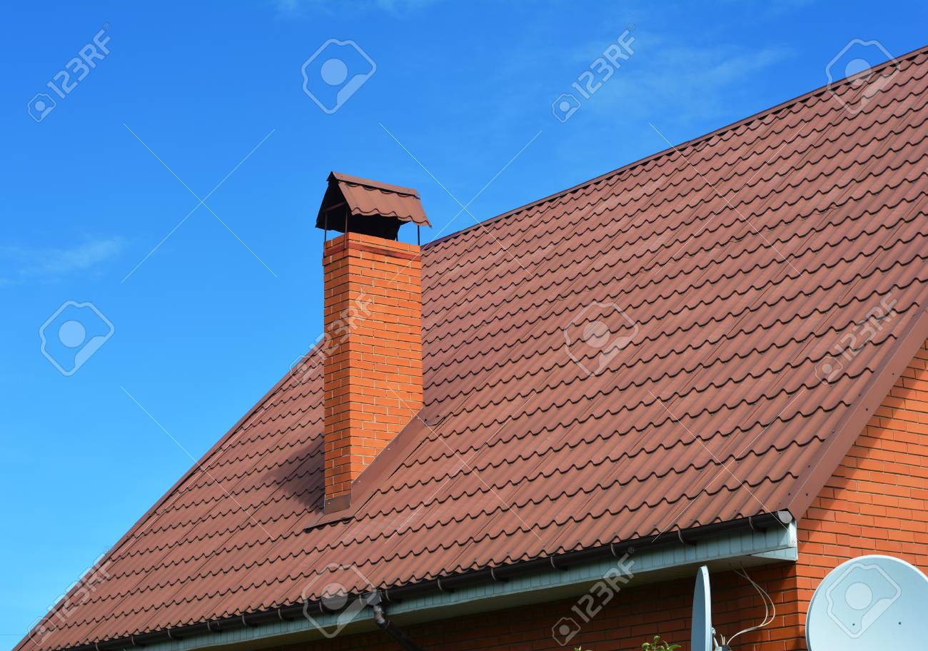Coperture metalliche. un tetto in metallo è un sistema di copertura