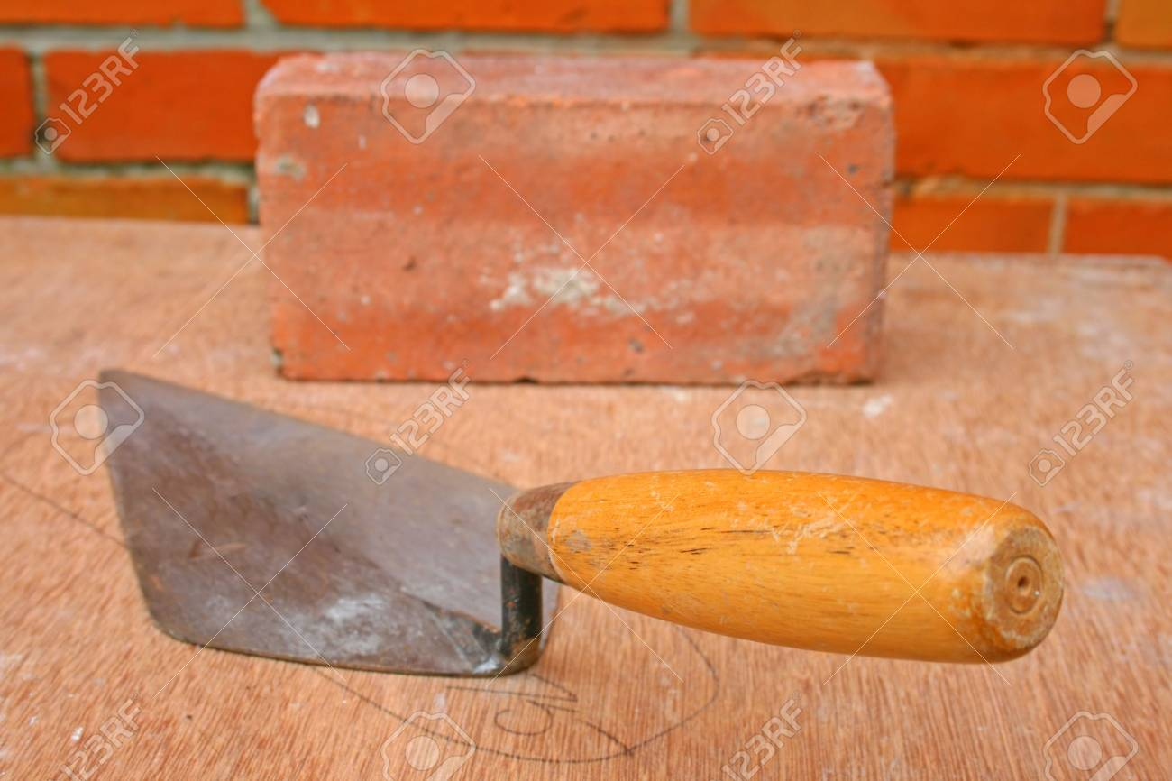Bricklayers trowel. Stock Photo - 7072618