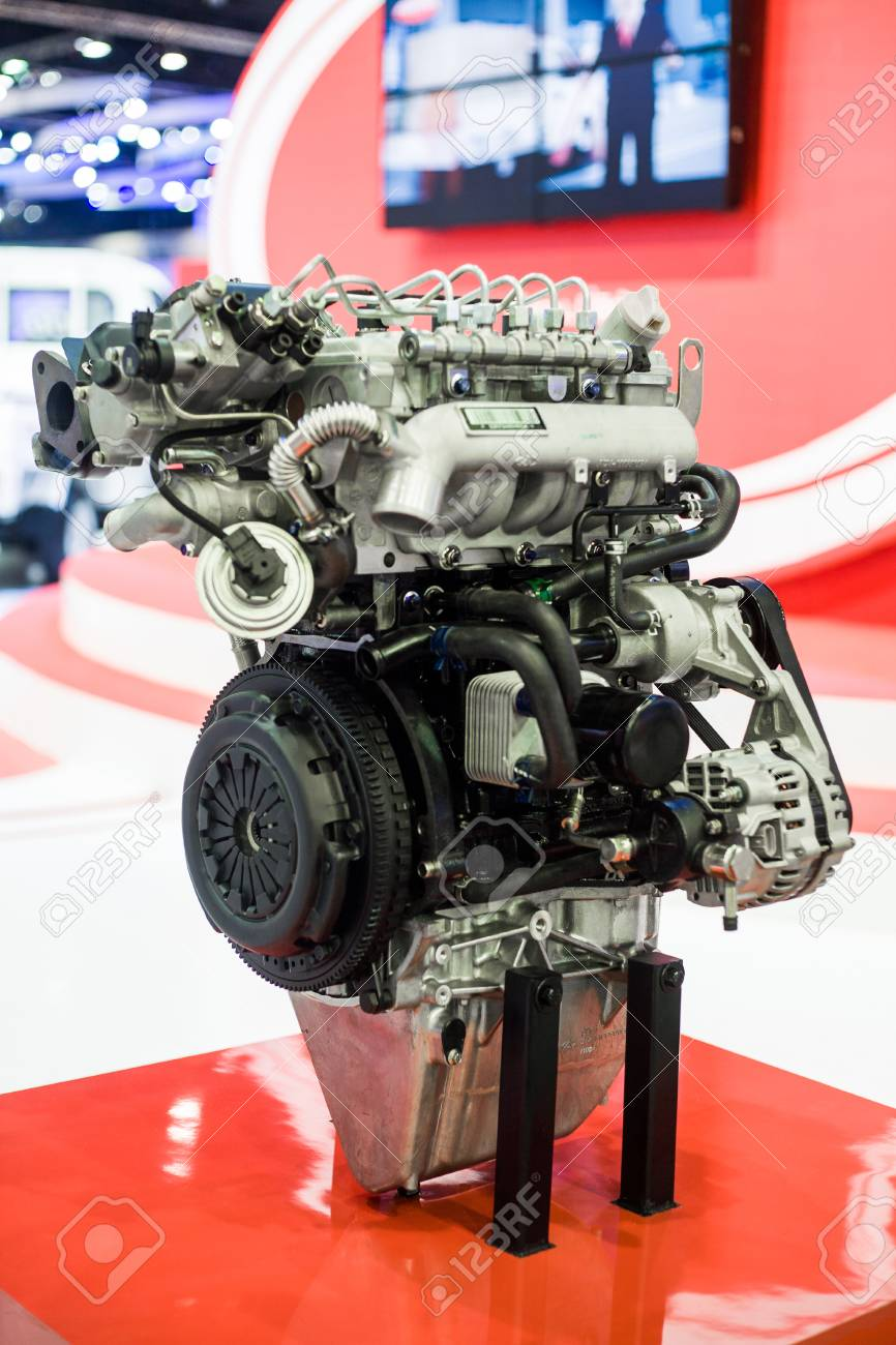 Cut Metal Engine. Visual Layout. Car Engine Stock Photo, Picture And ...