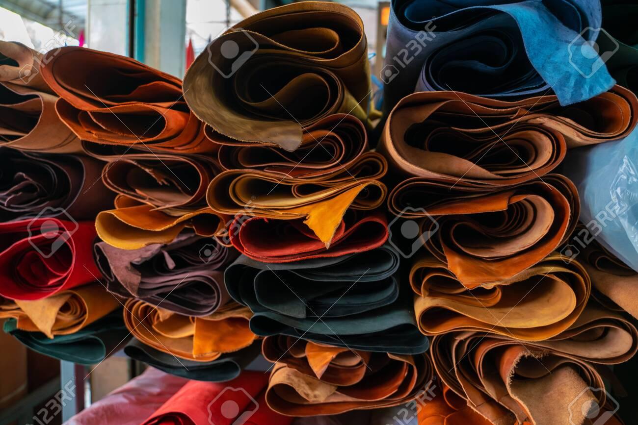 Genuine leather crafts working shop craftmanship store - 141227309