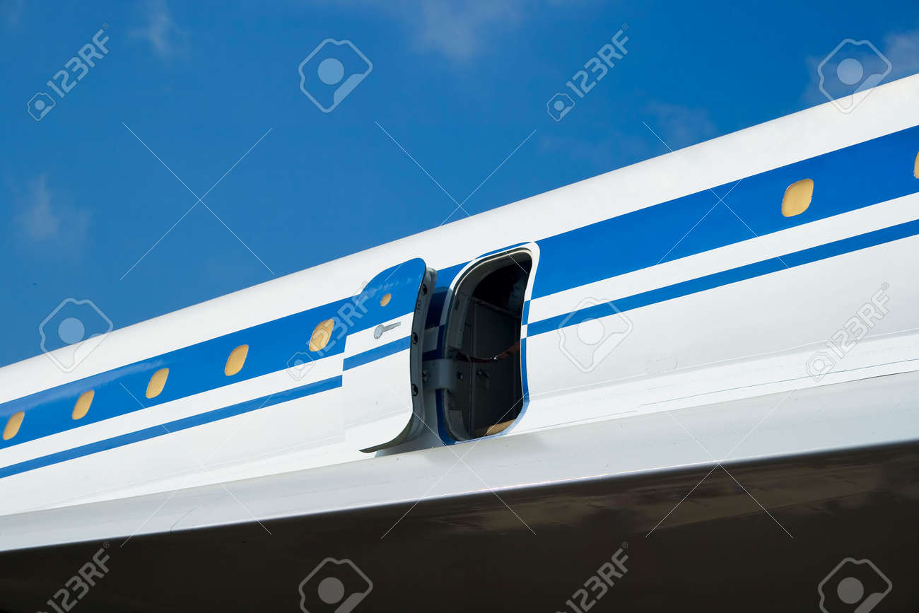 A plane side with an open door Stock Photo - 3086941 & A Plane Side With An Open Door Stock Photo Picture And Royalty ... Pezcame.Com