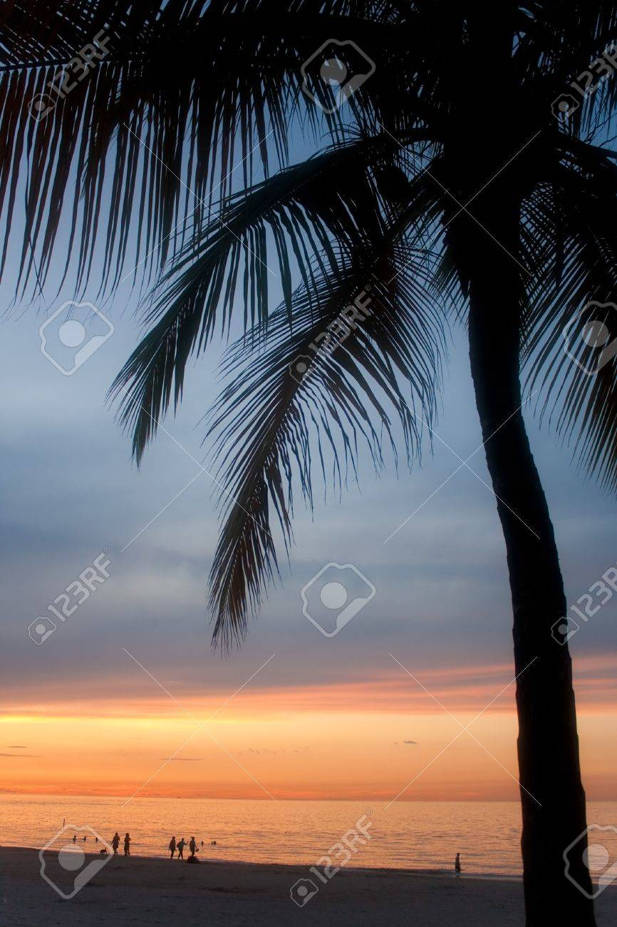 A beautiful sunset in the Isla Verde section of San Juan Puerto Rico. Stock Photo - 7912822