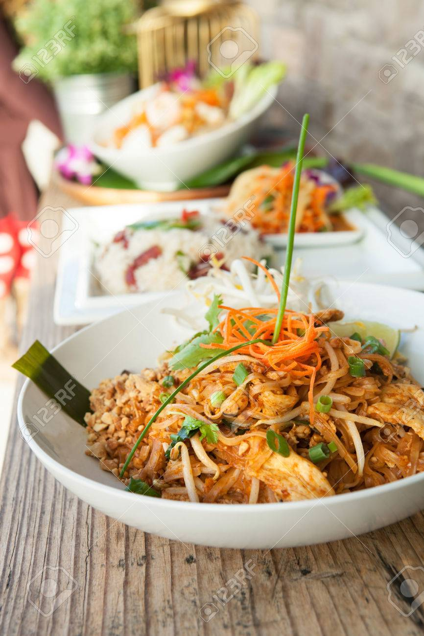 Chicken pad Thai dish of stir fried rice noodles with a contemporary presentation. Stock Photo - 28681702