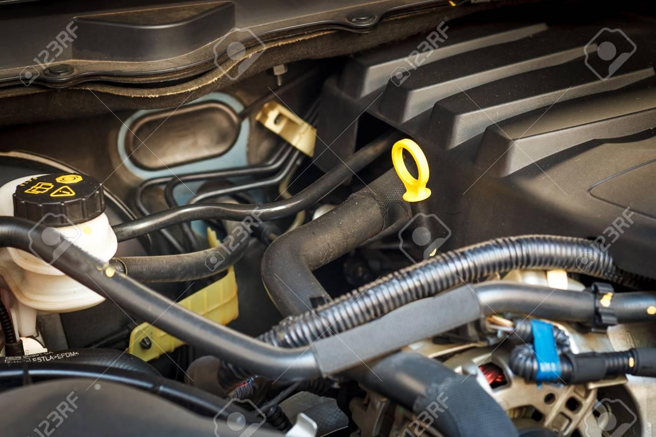 Berprüfung Auto Motor Und Auto-Reparatur Lizenzfreie Fotos, Bilder ...