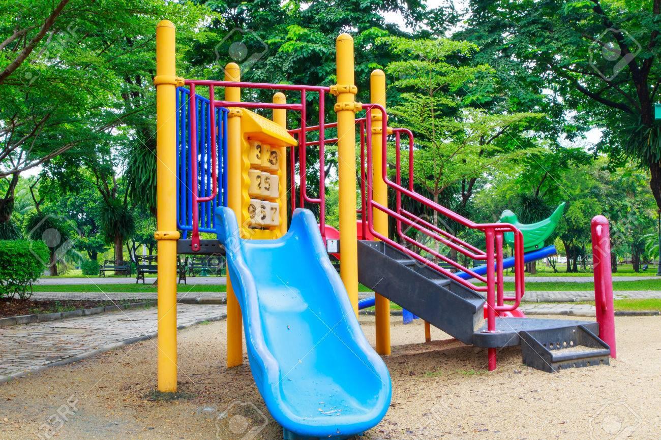 A Los Ninos Juegos Infantiles De Colores Fotos Retratos Imagenes