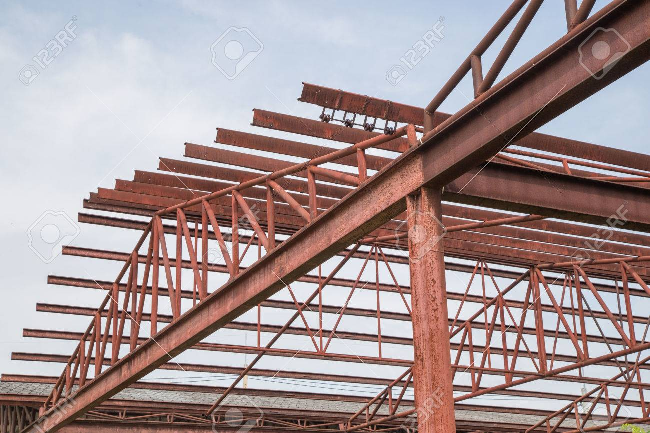 Steel Roof Trusses Sitting On Concrete Pole View From Inside