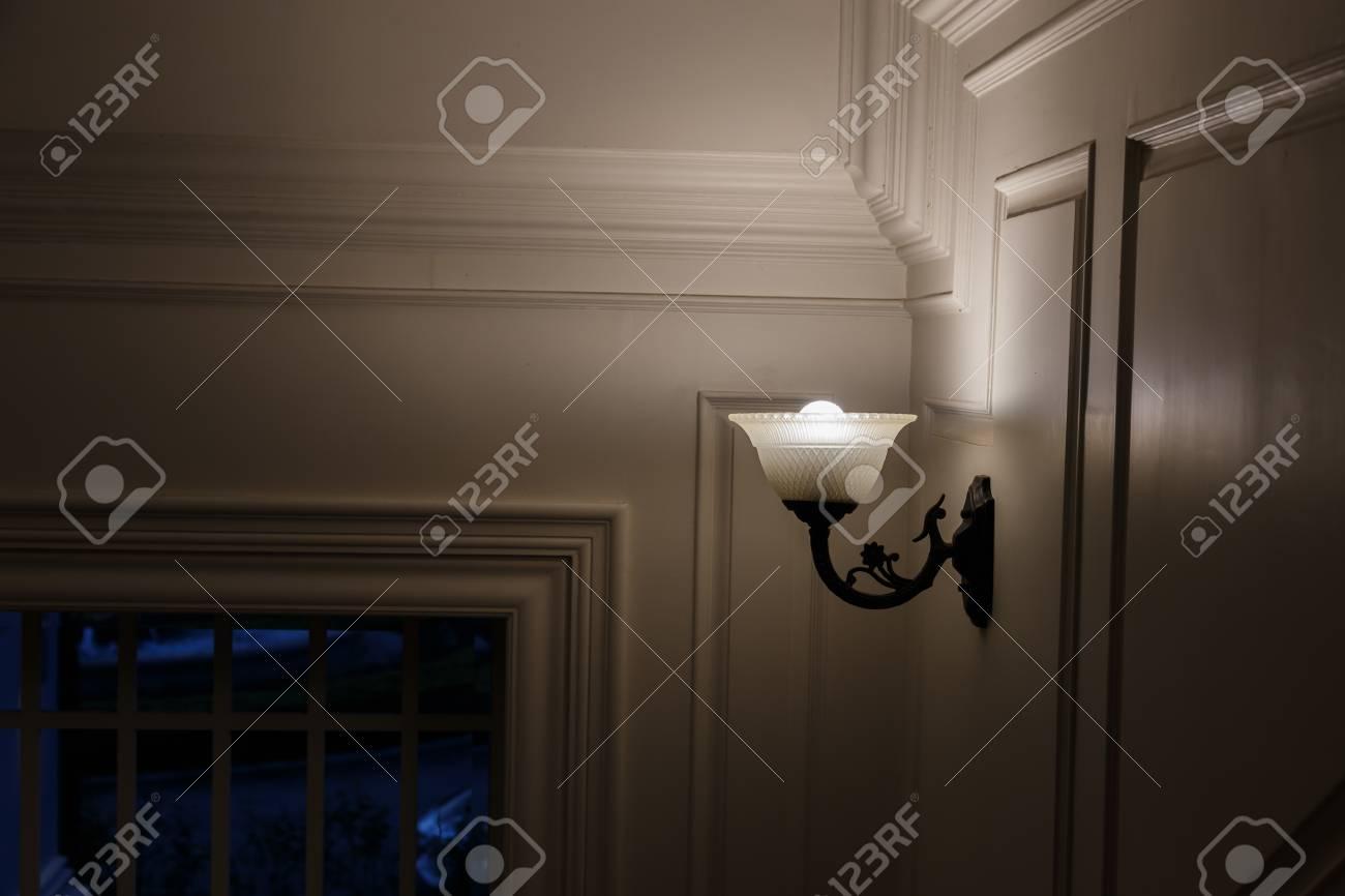 Lampade da parete foto royalty free immagini immagini e archivi