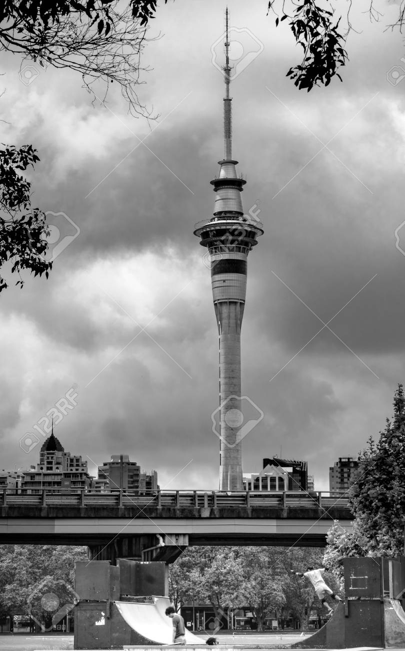 Auckland new zealand 25 oct 2016 black and white of auckland tower with