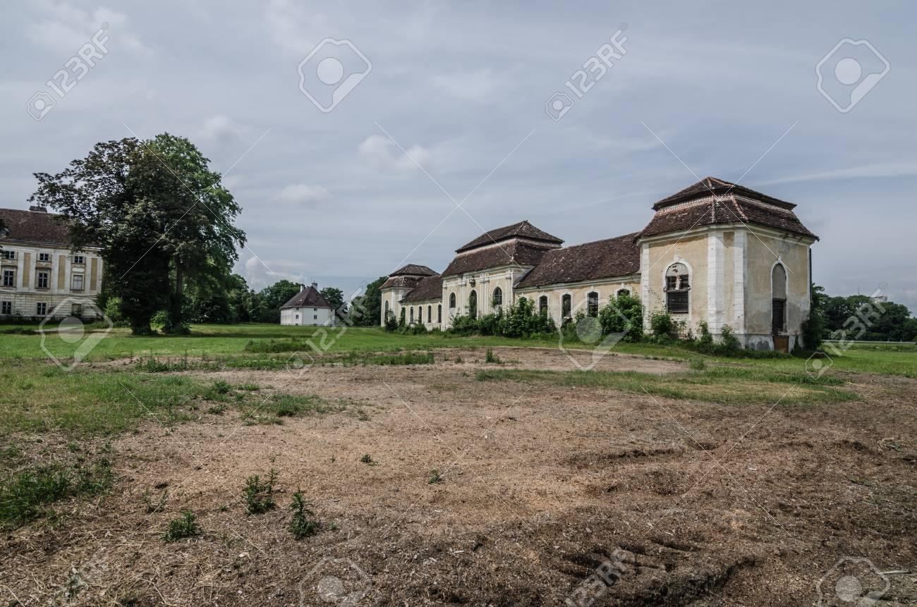 Banque dimages vieille belle maison dun château