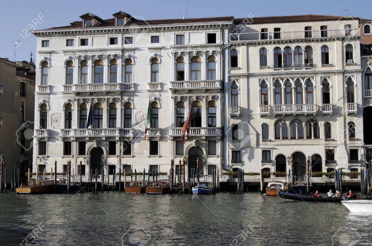 Venice, Italy - Typical Old Building Water Front Facade And Canal Stock Photo - 2513233