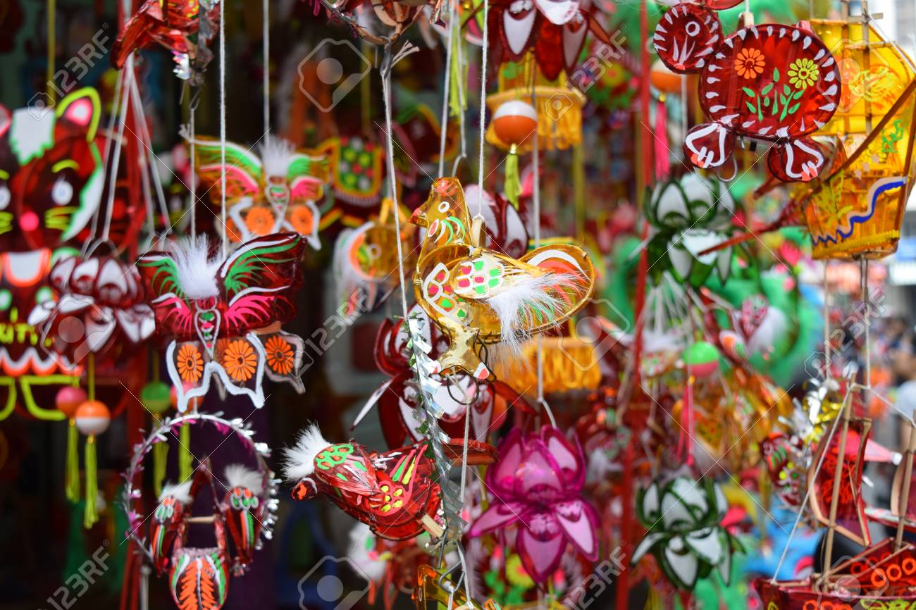 6bf8780c1 colorful lanterns decoration in mid-autumn festival in vietnam town Stock  Photo - 63340690