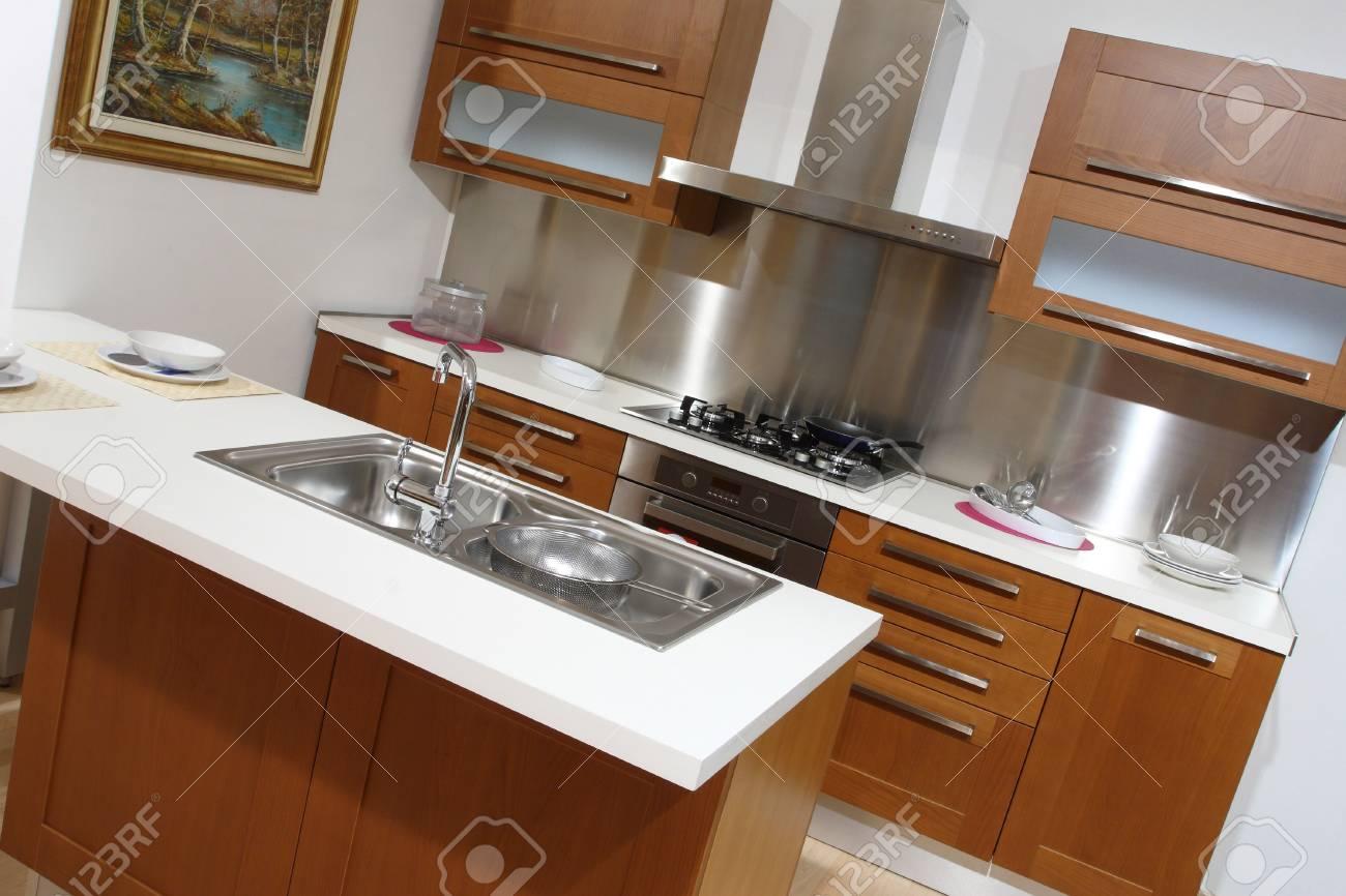 fine image of modern wood kitchen background Stock Photo - 4308604