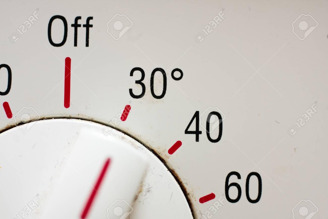 Température Machine À Laver une machine à laver cadran indiquant les différents réglages de température