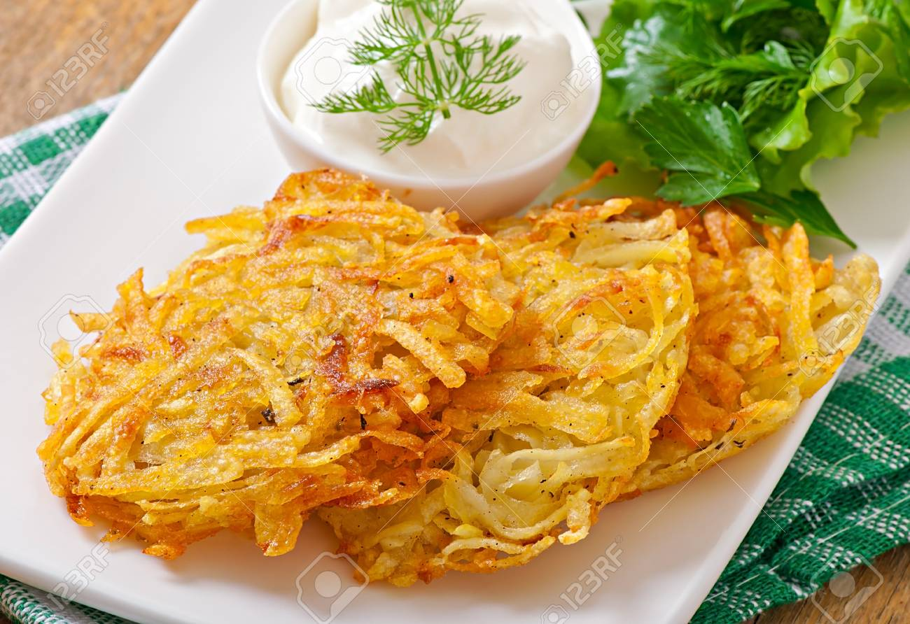 Fragrant potato with sour cream in the oven: satisfying and tasty 63