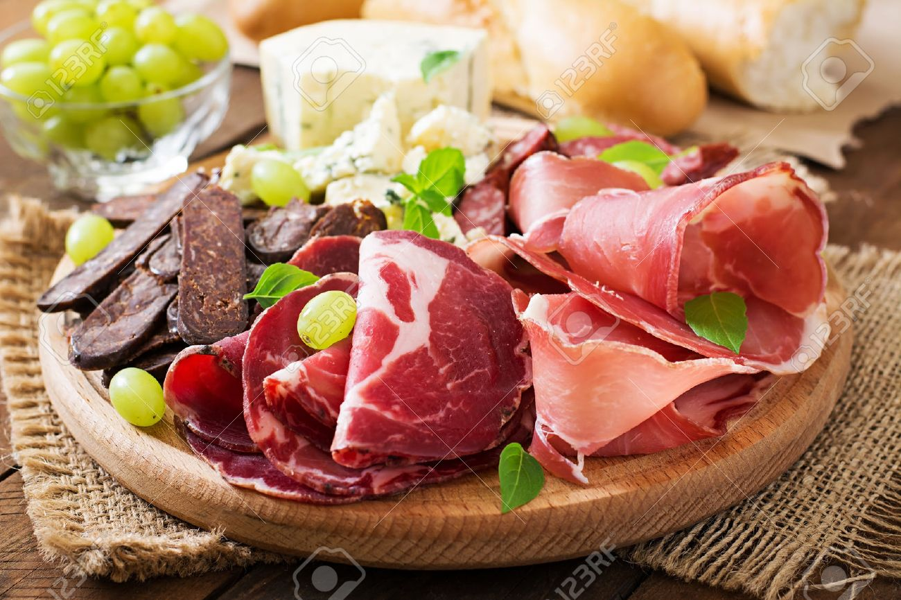 Blue apron bayonne - Italian Dinner Antipasto Catering Platter With Bacon Jerky Sausage Blue Cheese And