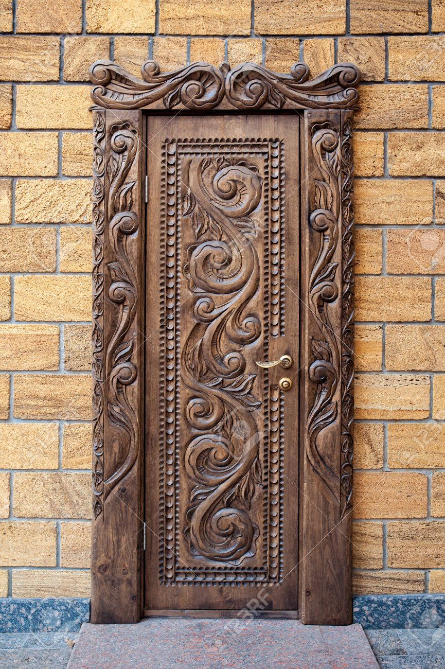 Old beautiful carved wooden doors in house Stock Photo - 46556902 & Old Beautiful Carved Wooden Doors In House Stock Photo Picture And ...