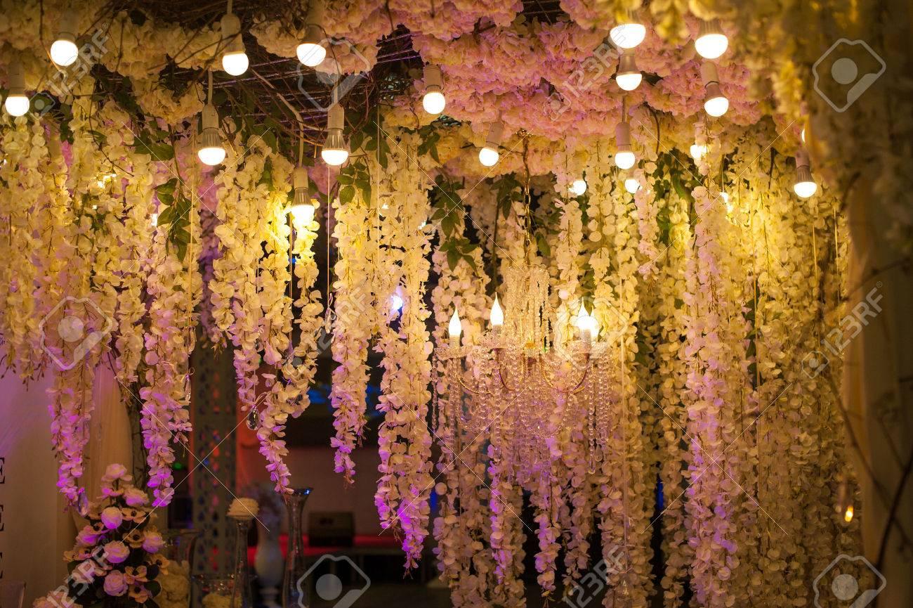 Luxus Schone Dekor Abend Mit Lichter Fur Hochzeit Lizenzfreie Fotos Bilder Und Stock Fotografie Image 56930252