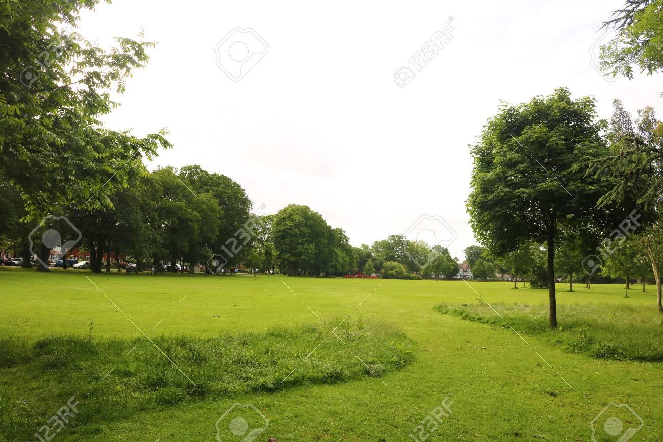 Birmingham England Kings heath Park Stock Photo - 80694080