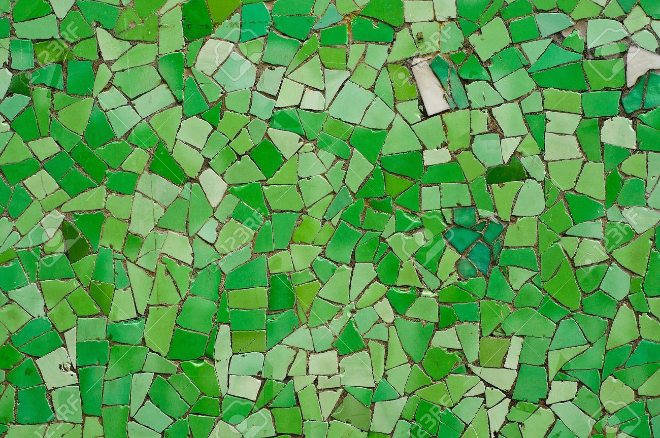mosaico verde mosaico de azulejos aleatorio rota muralla verde