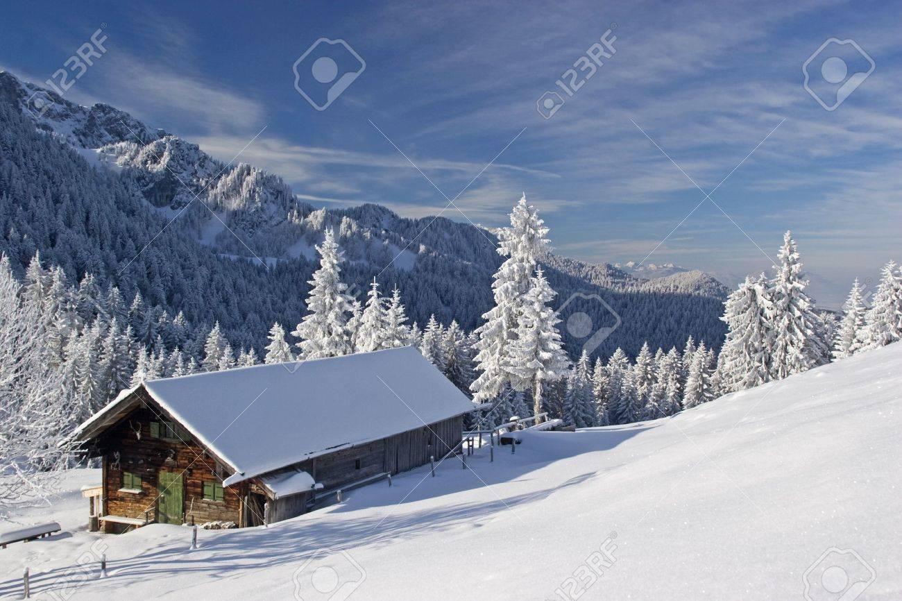 Wasensteiner Alm - idyllic mountain lodge in winter - 11627998