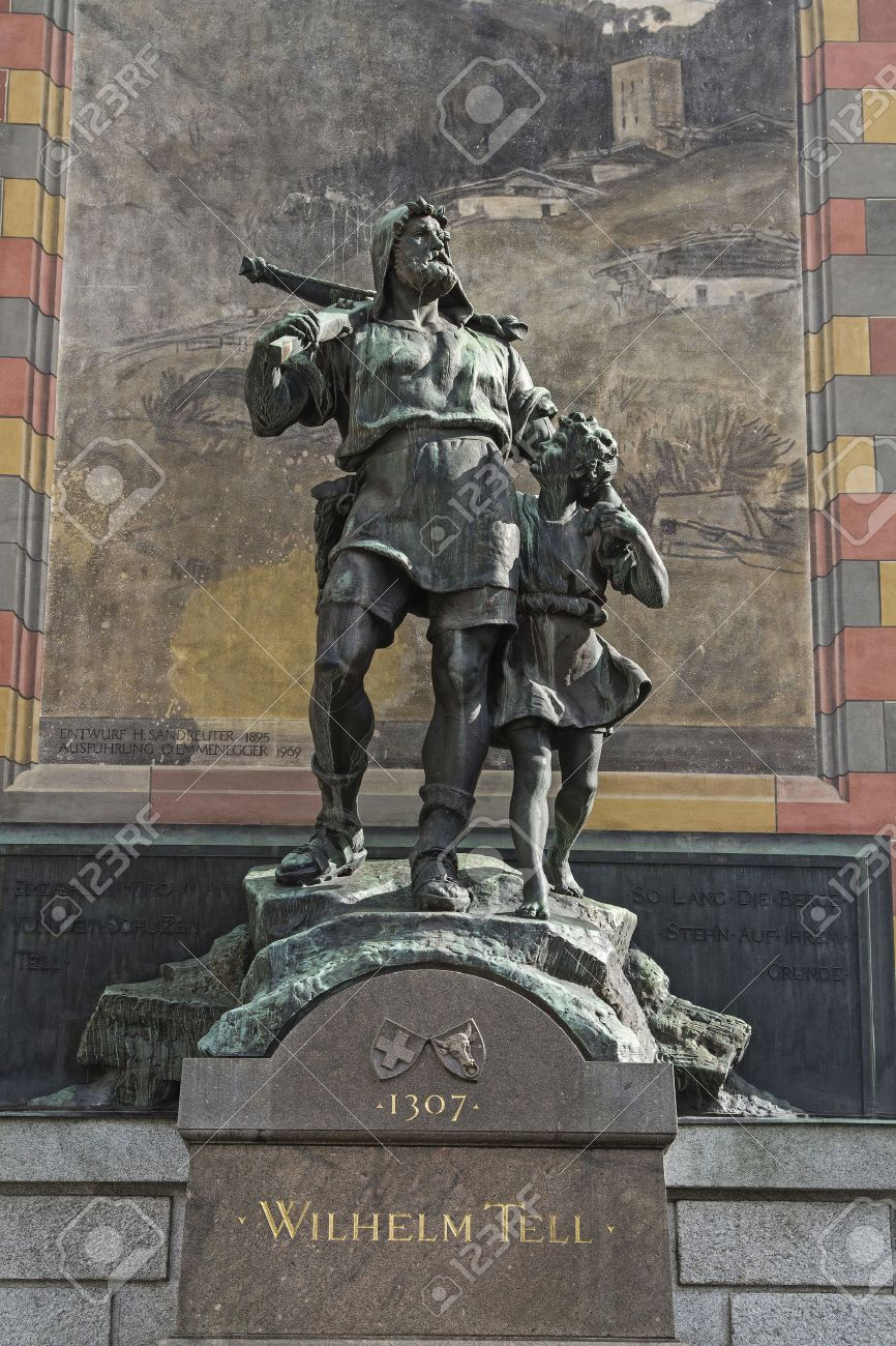 Wilhelm Tell monument in the square of the cantonal capital of Altdorf in the Canton of Uri - 34228560