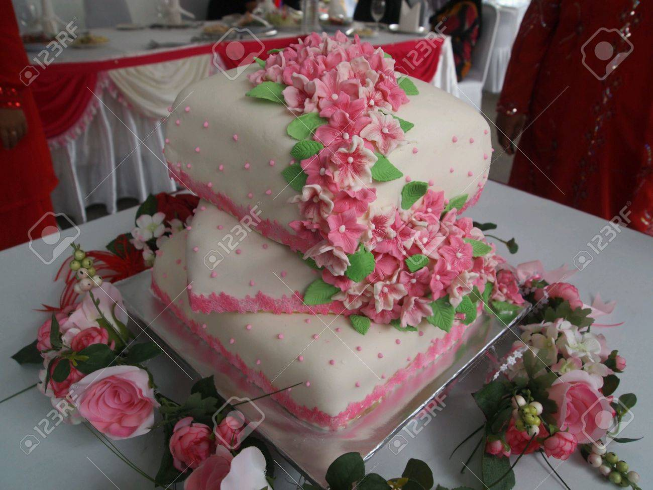 Pink And White 3 Tiers Wedding Cake Stock Photo Picture And Royalty