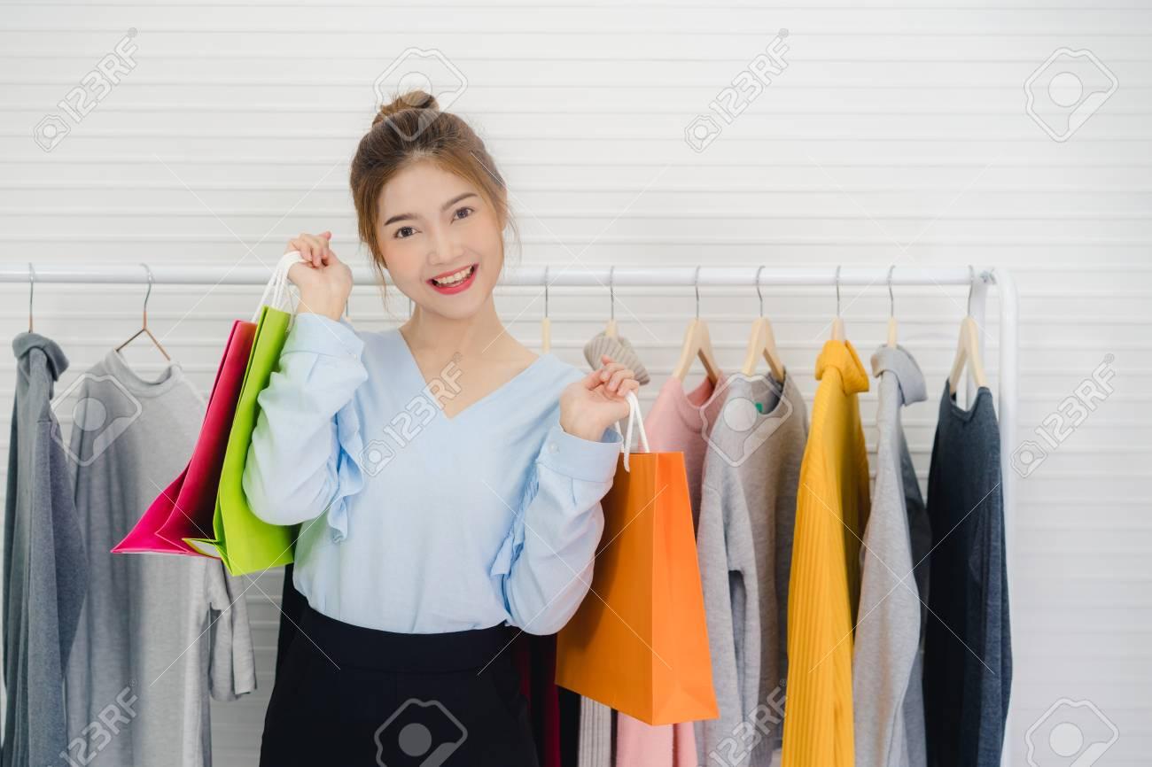 Asian fashion video