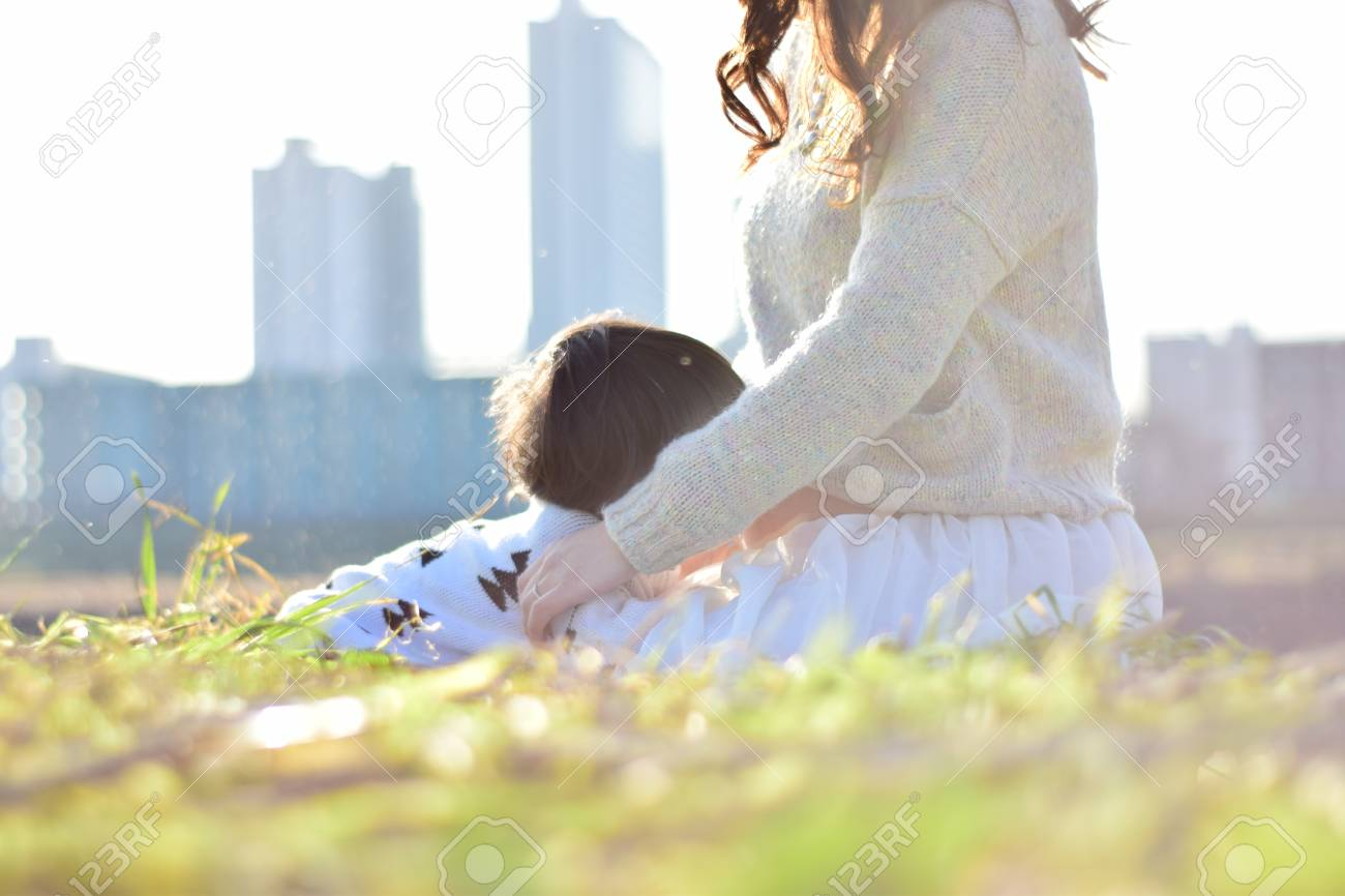 Mom having baby with her son - 89916447