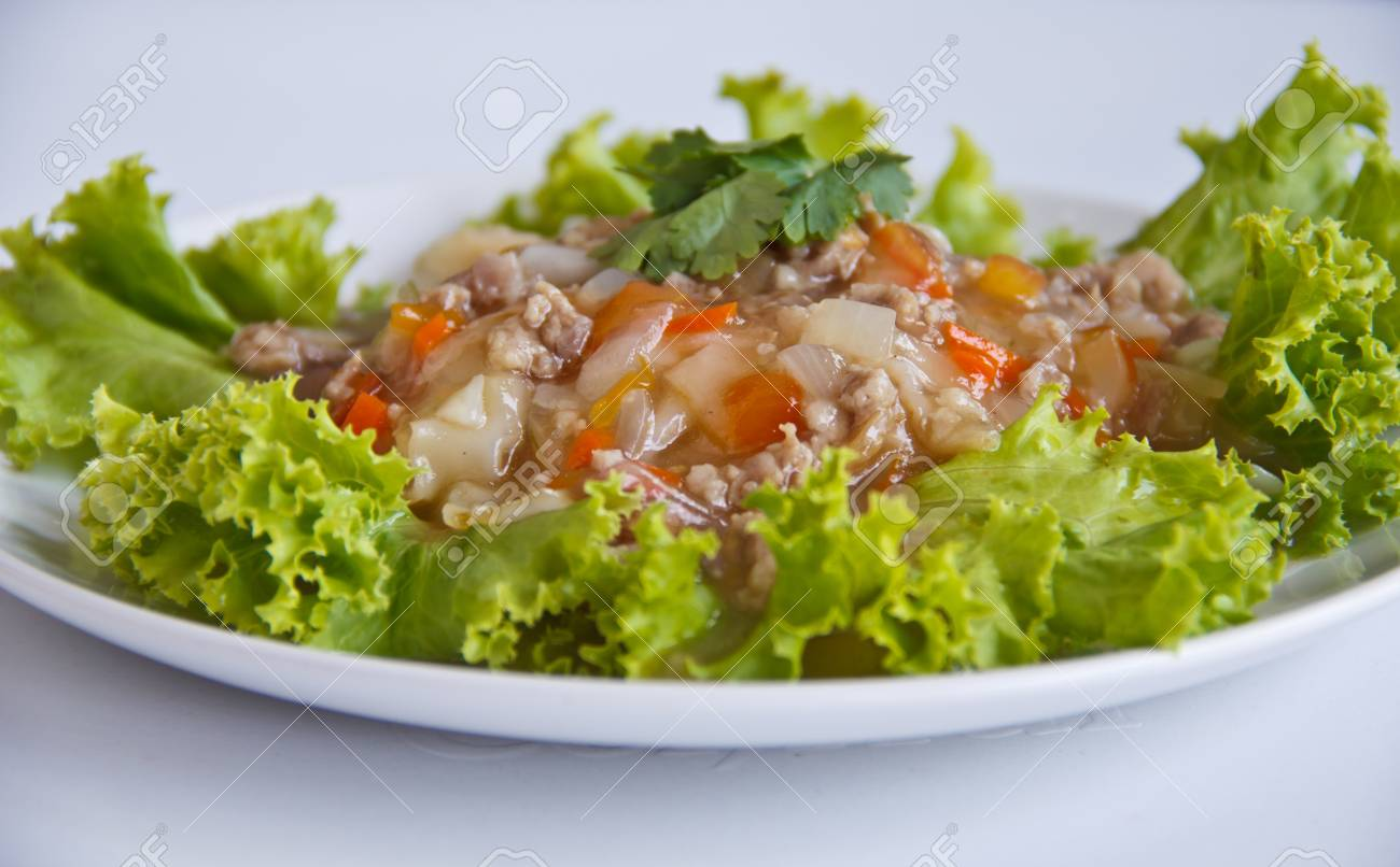 Wide Noodles in a Creamy gravy Sauce , Thai style food Stock Photo - 12744318