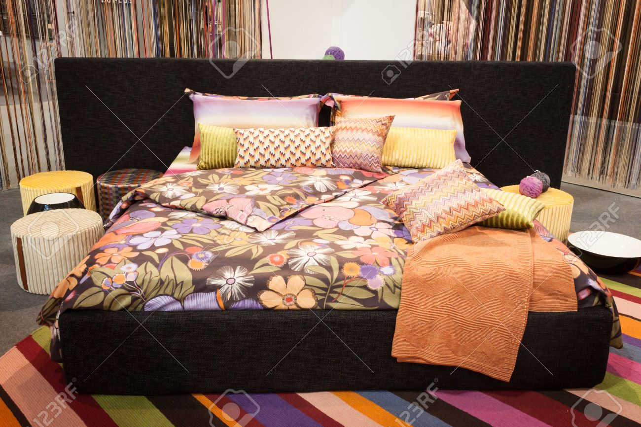 milan italy  january  missoni bed linen on display at homi  - milan italy  january  missoni bed linen on display at homi homeinternational